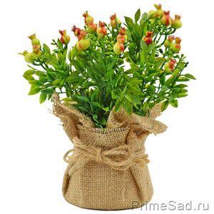 Декоративное растение Кашпо из мешковины с ягодами